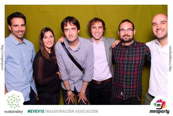 Inauguración Asociación EuskalValley EVEV102013. Fundadores Euskal Valley